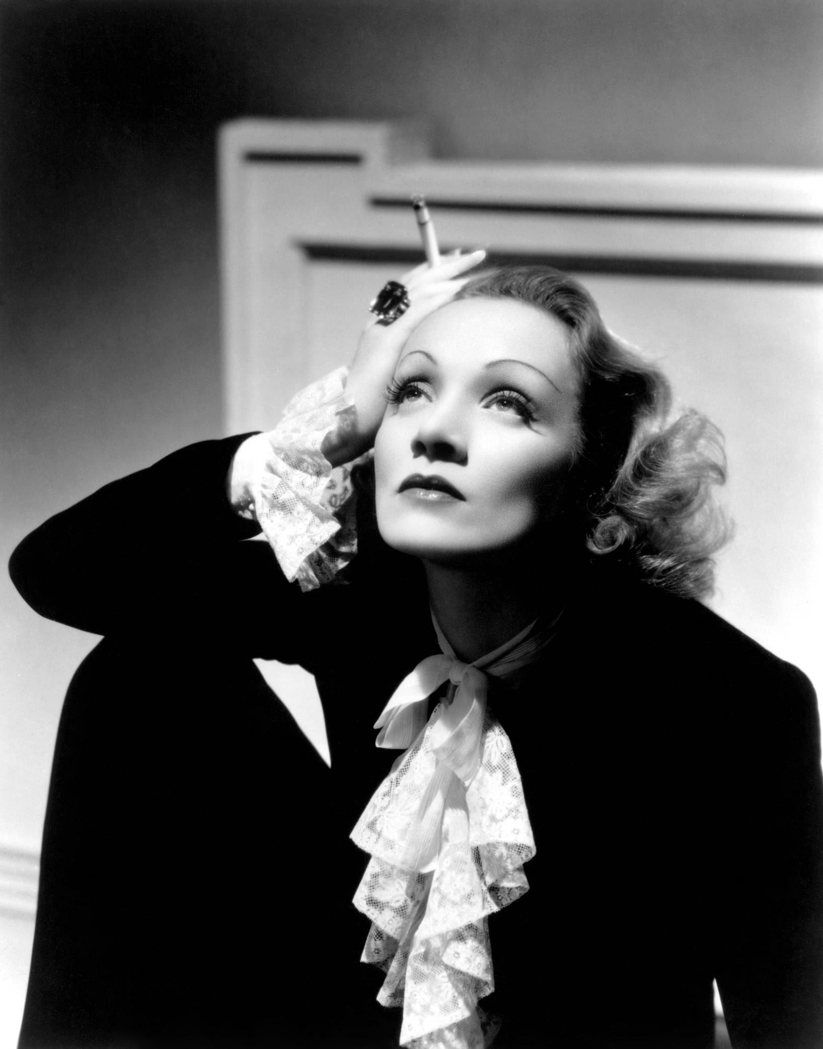 Marlene Dietrich Wallpapers