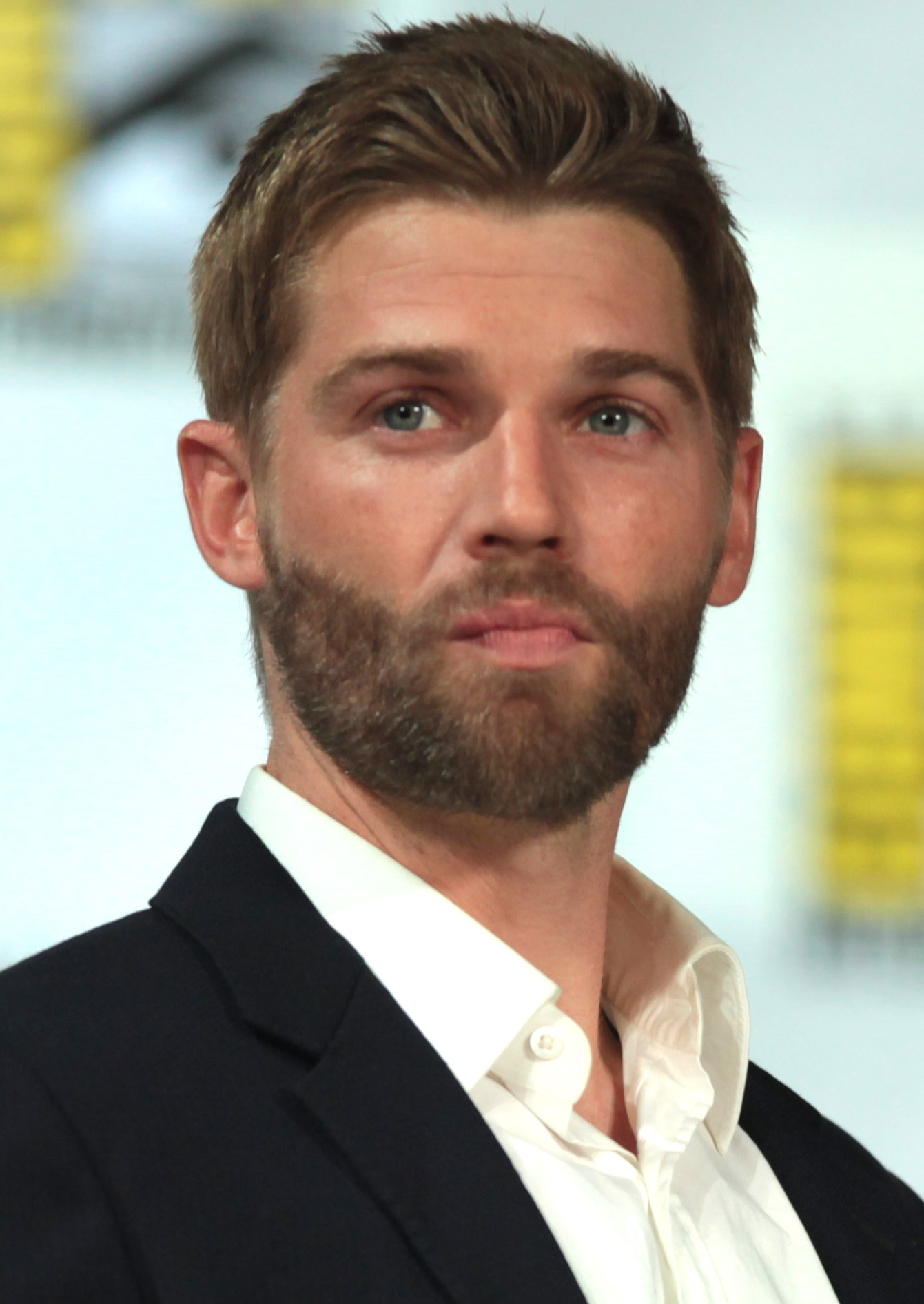 Mike Vogel Wallpapers
