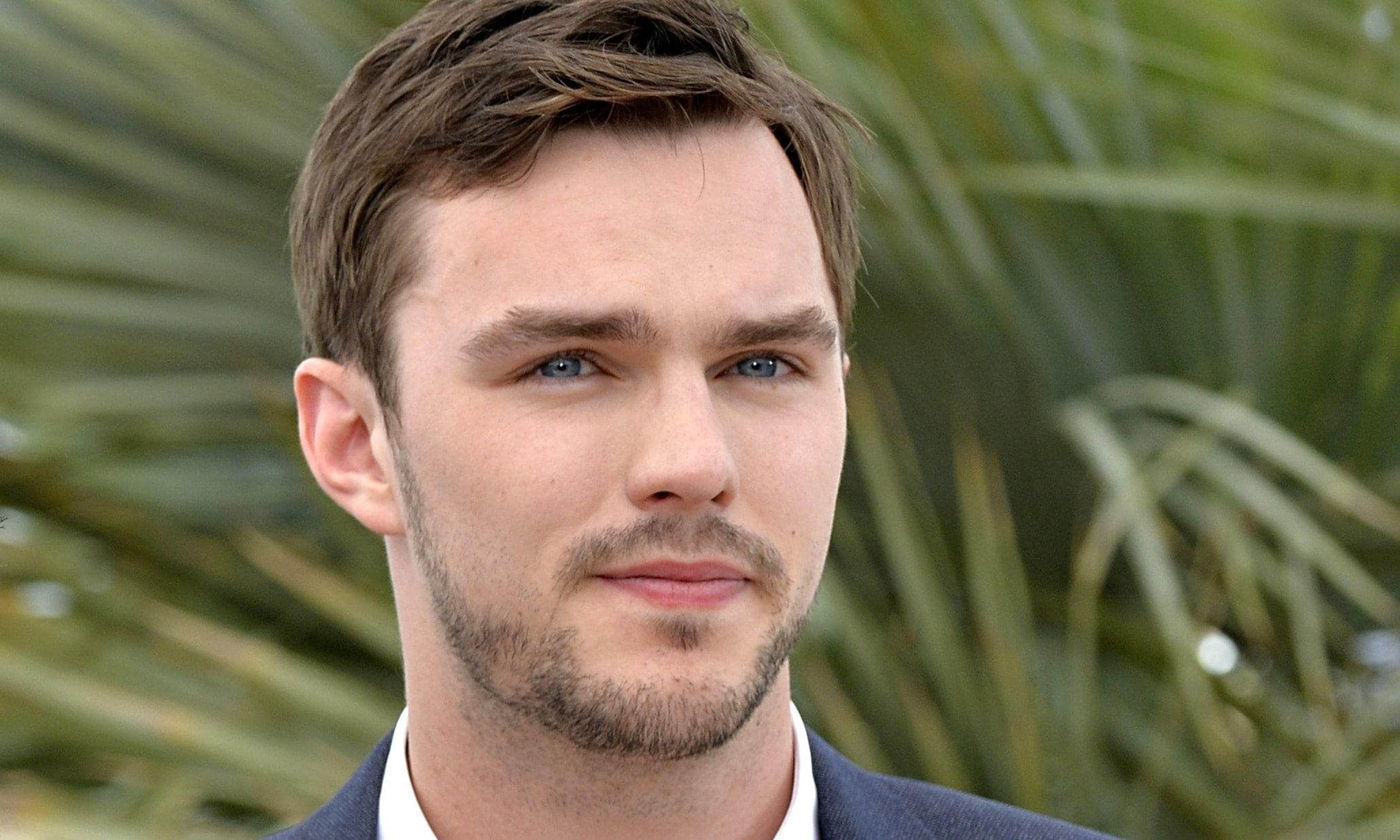 nicholas hoult wallpaper background - photo #29