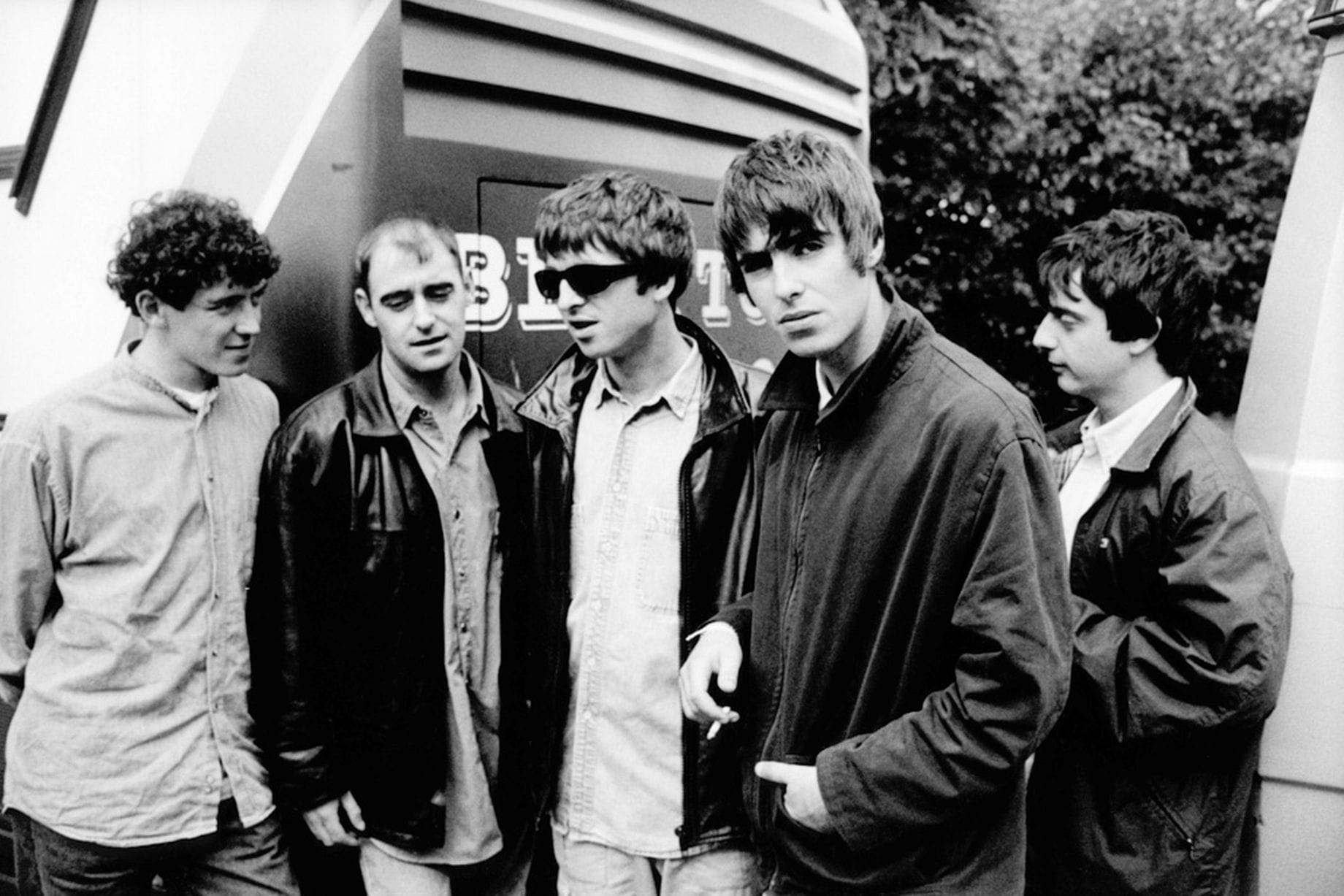 Oasis Wallpapers