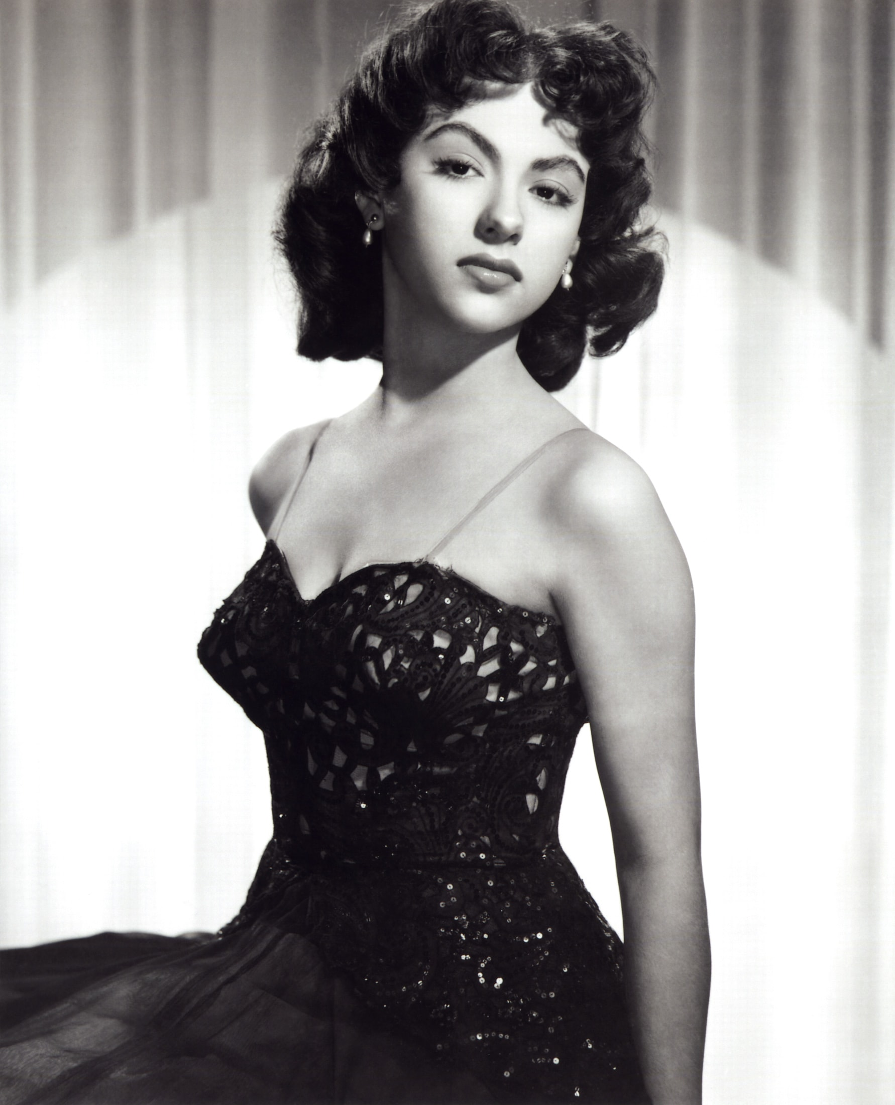 Rita Moreno Wallpapers