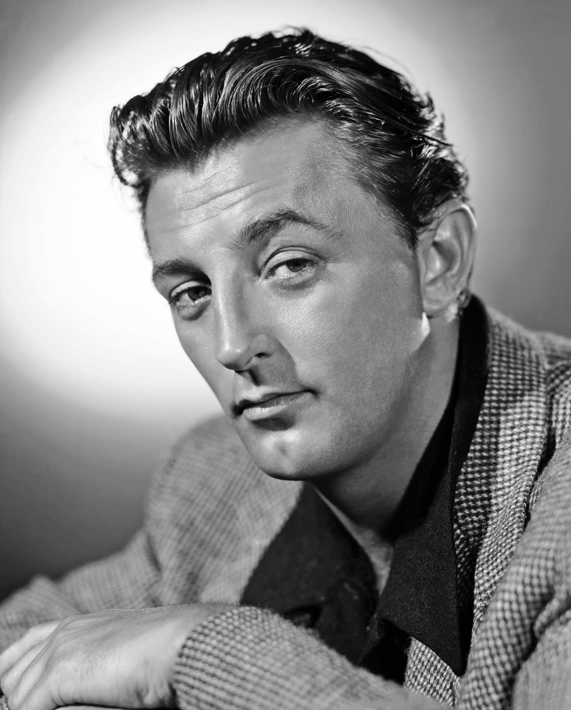 Robert Mitchum Wallpapers