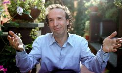 Roberto Benigni Wallpapers