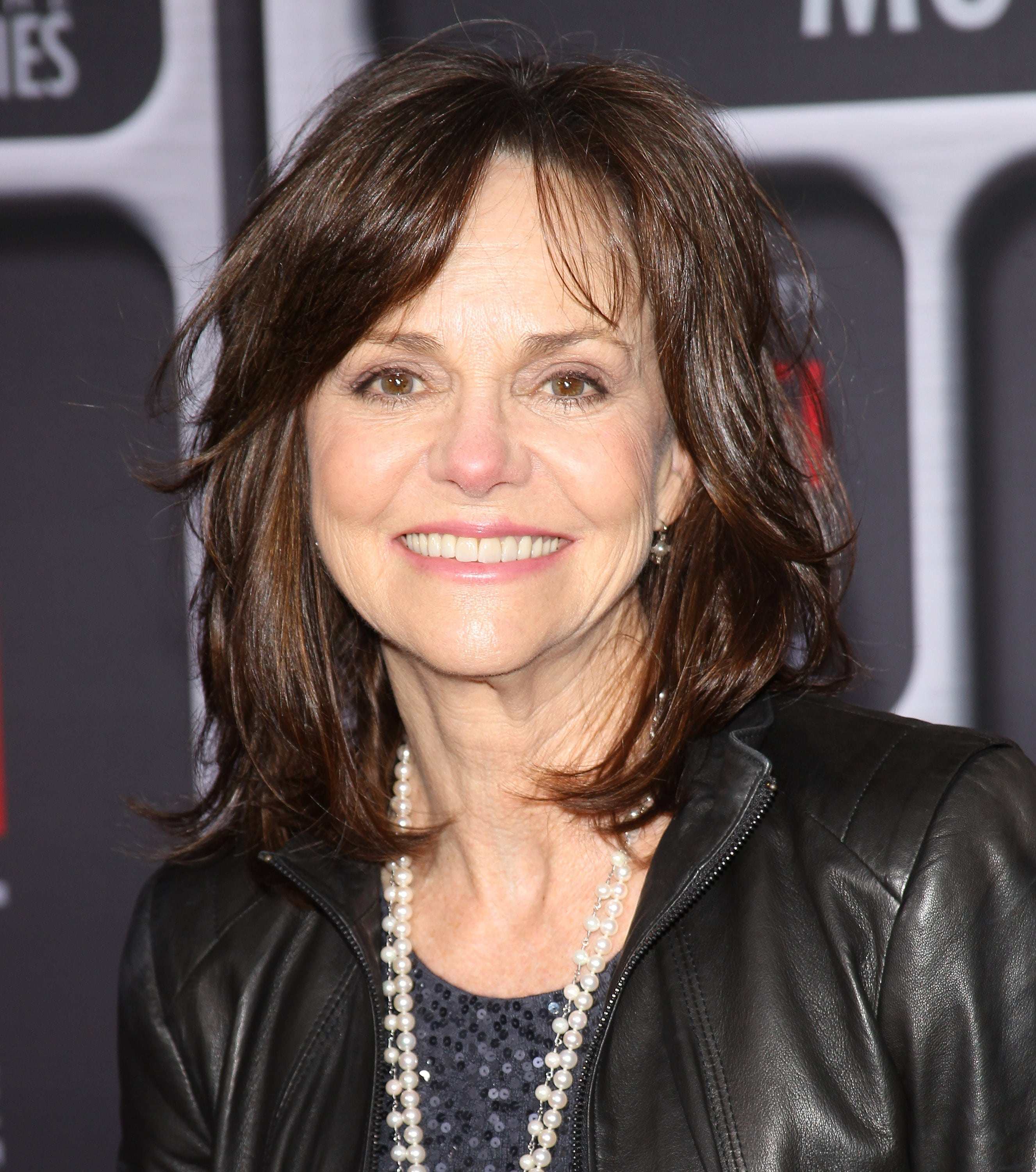 Sally Field Wallpapers