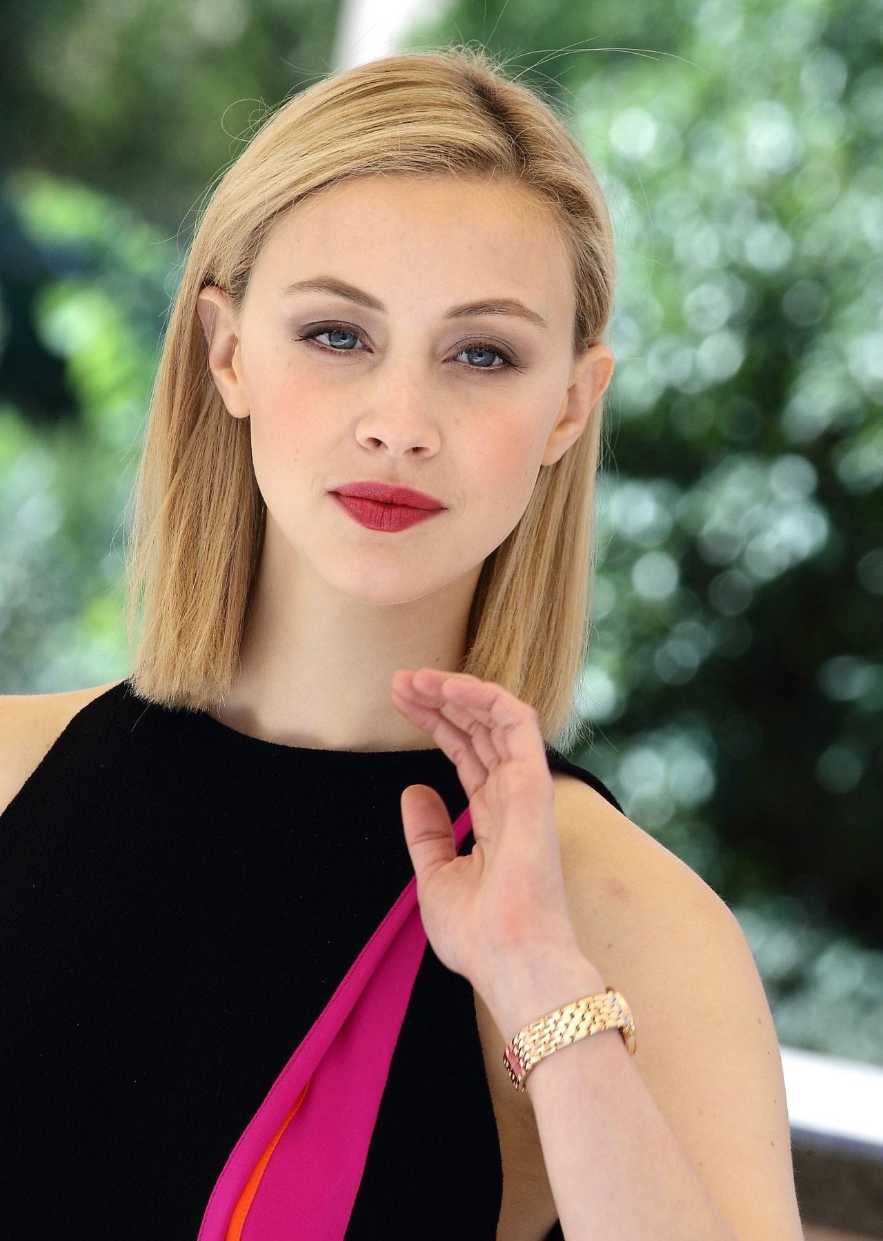 Sarah Gadons Wallpapers