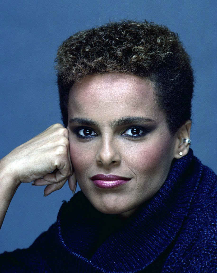 Shari Belafonte Wallpapers