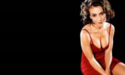 Alyssa Milano Backgrounds