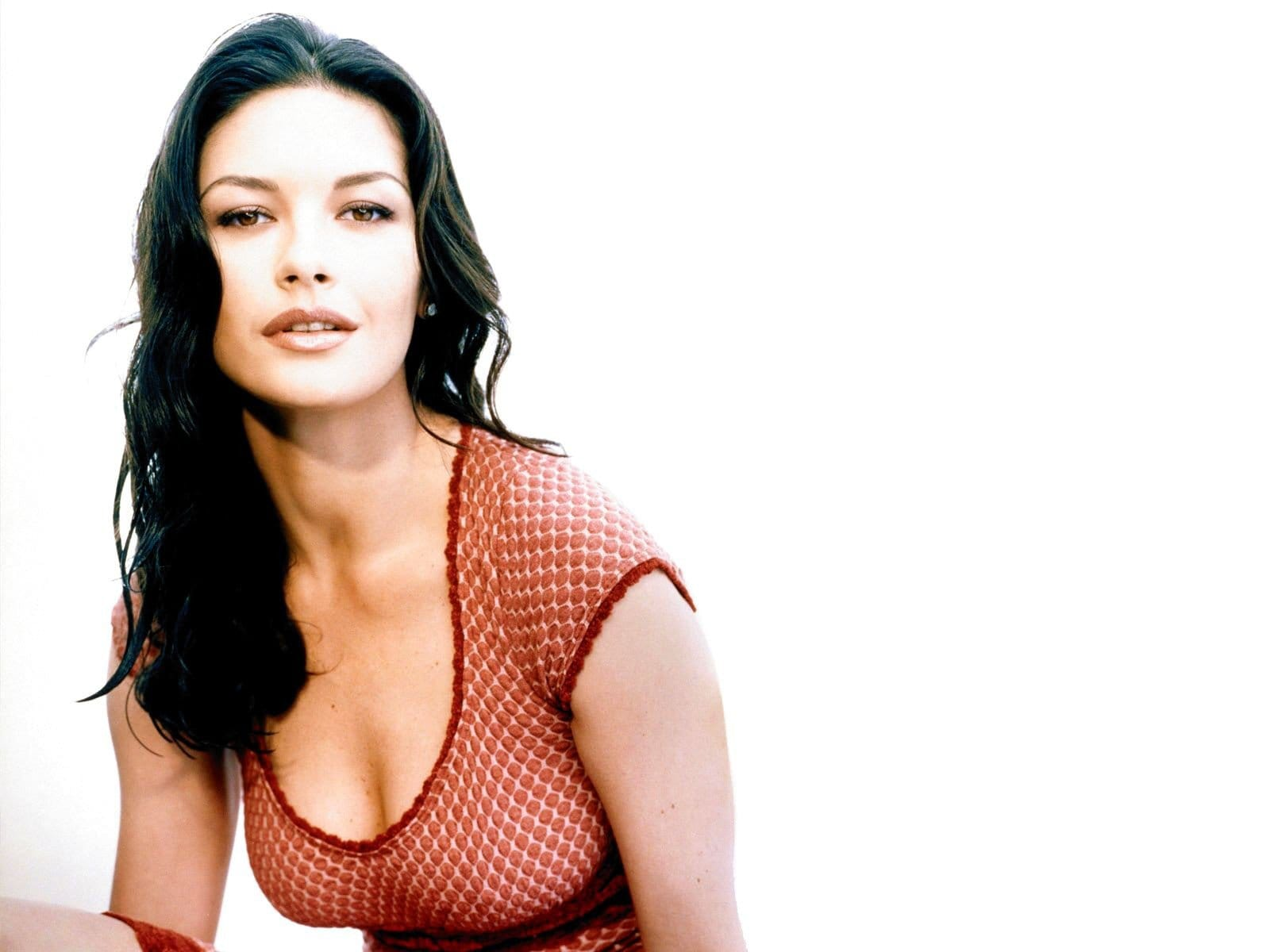 Catherine Zeta-Jones full hd wallpapers