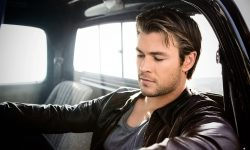 Chris Hemsworth full hd wallpapers