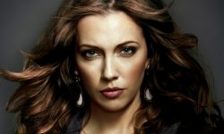 Katie Cassidy full hd wallpapers