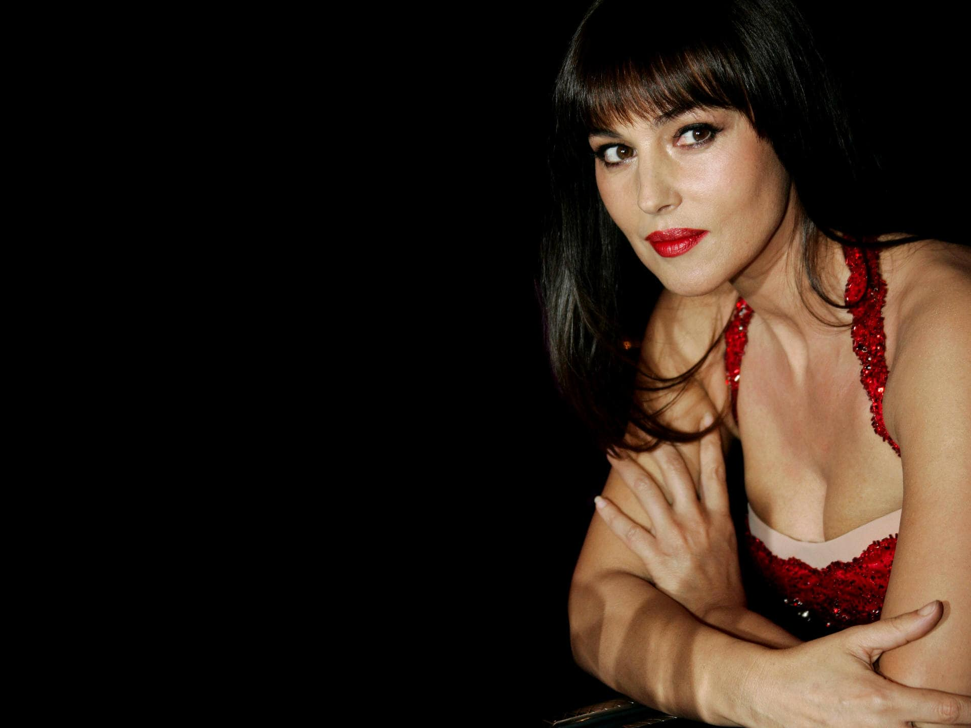 Monica Bellucci full hd wallpapers