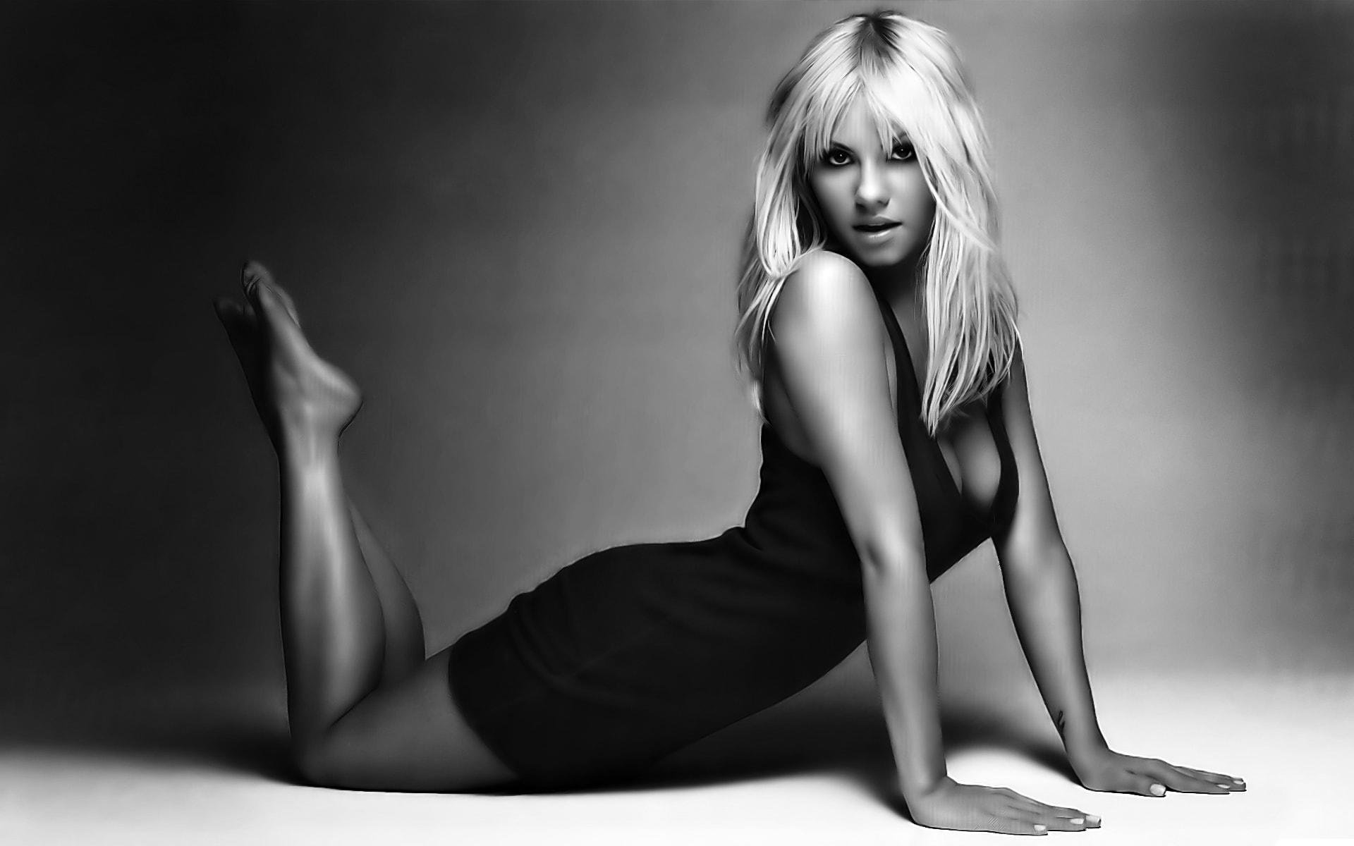 Britney Spears widescreen wallpapers