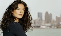 Catherine Zeta-Jones widescreen wallpapers