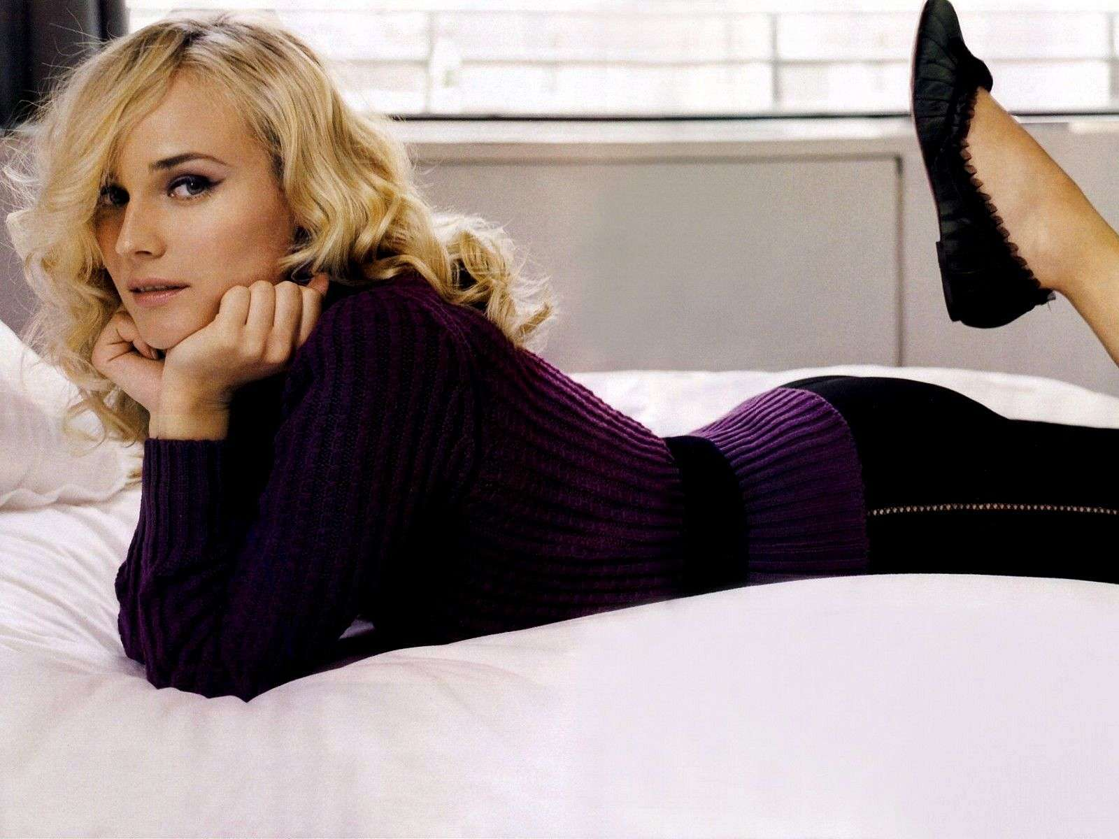 Diane Kruger widescreen wallpapers