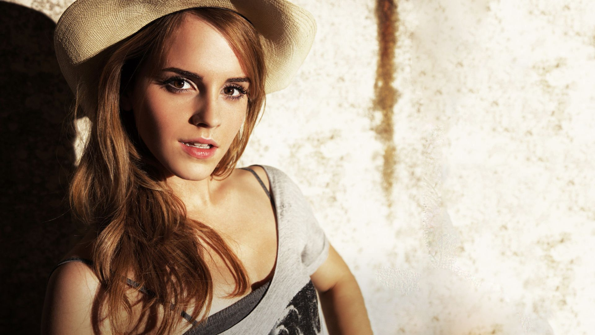 Emma Watson widescreen wallpapers