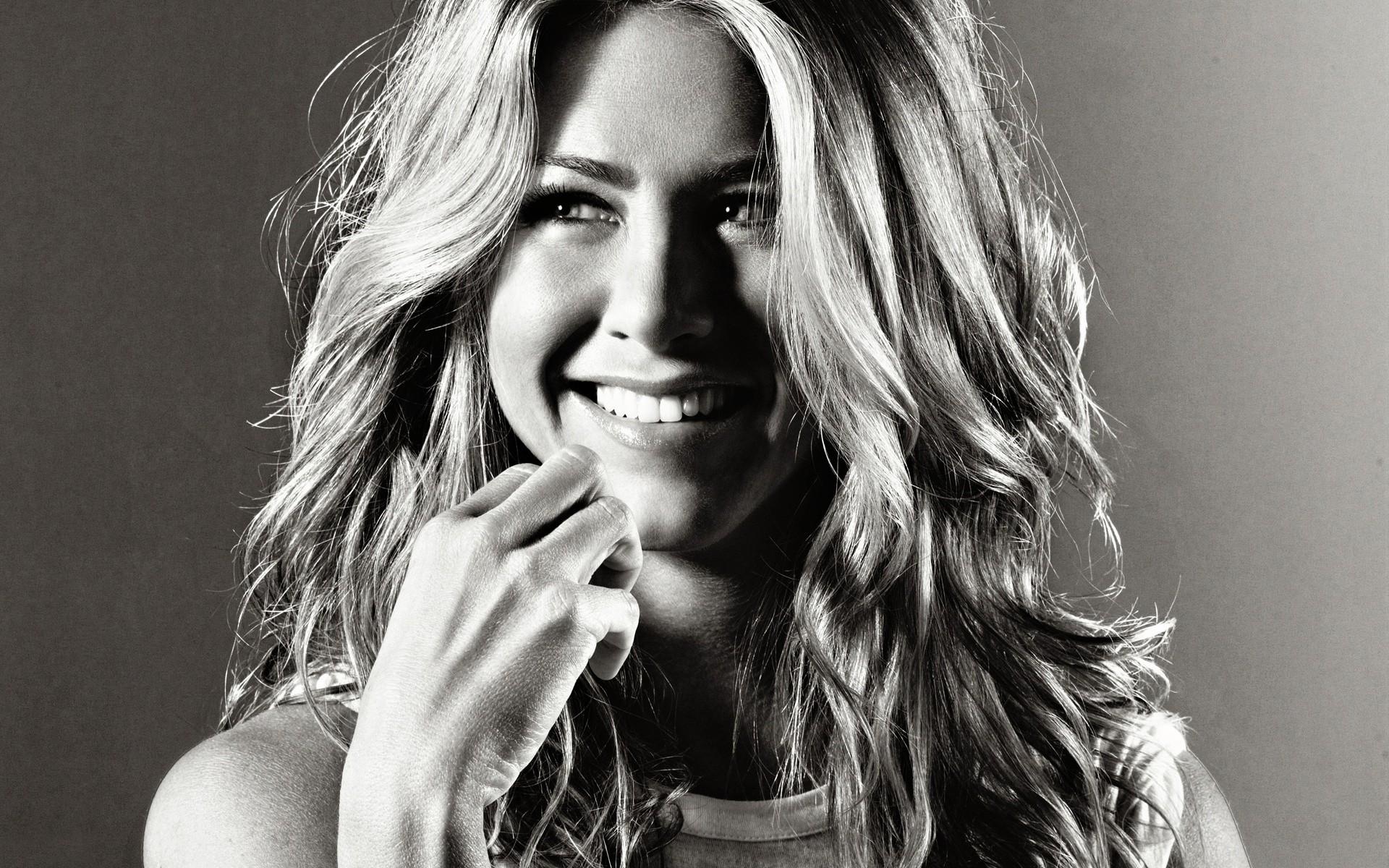 Jennifer Aniston widescreen wallpapers