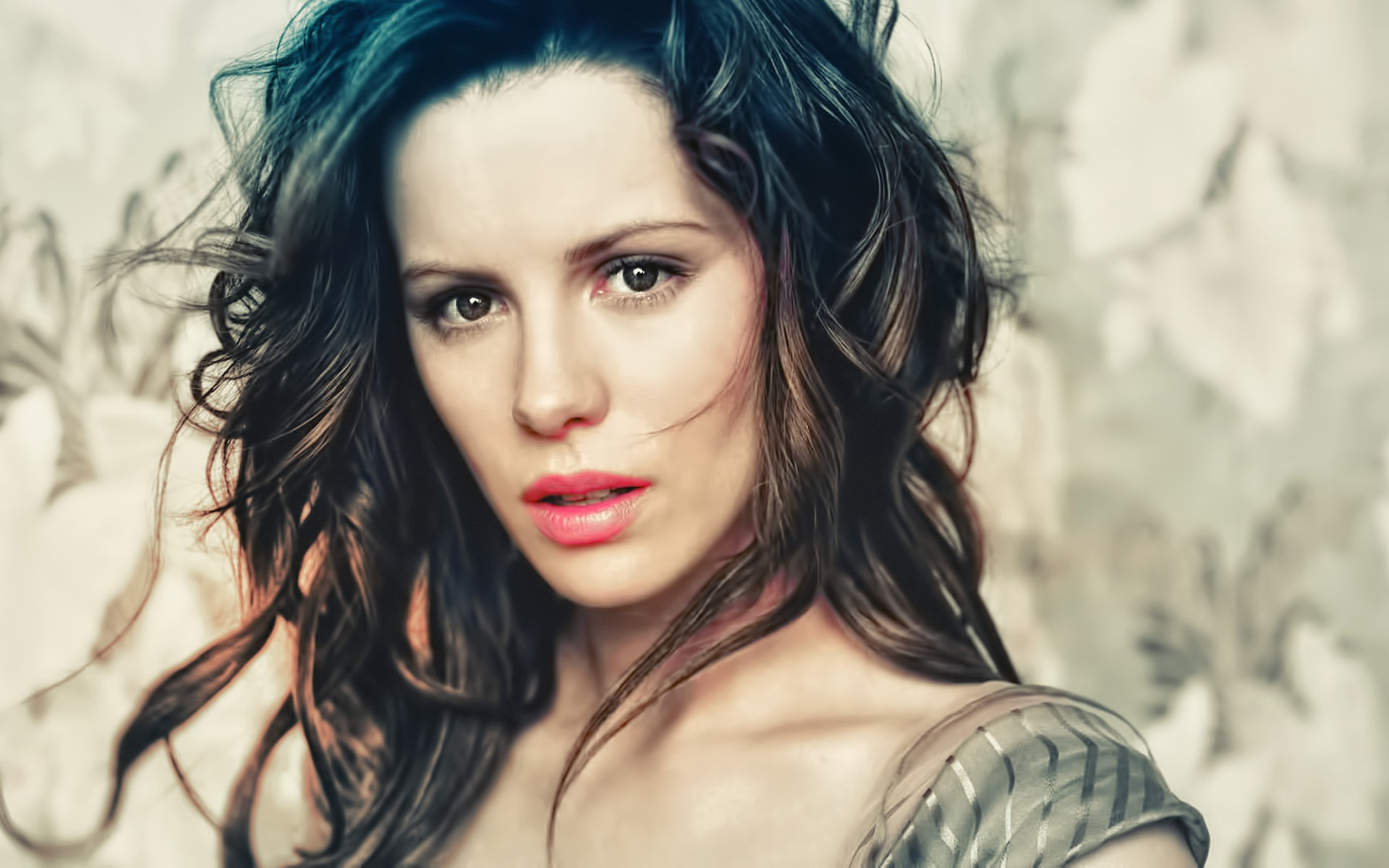 Kate Beckinsale widescreen wallpapers
