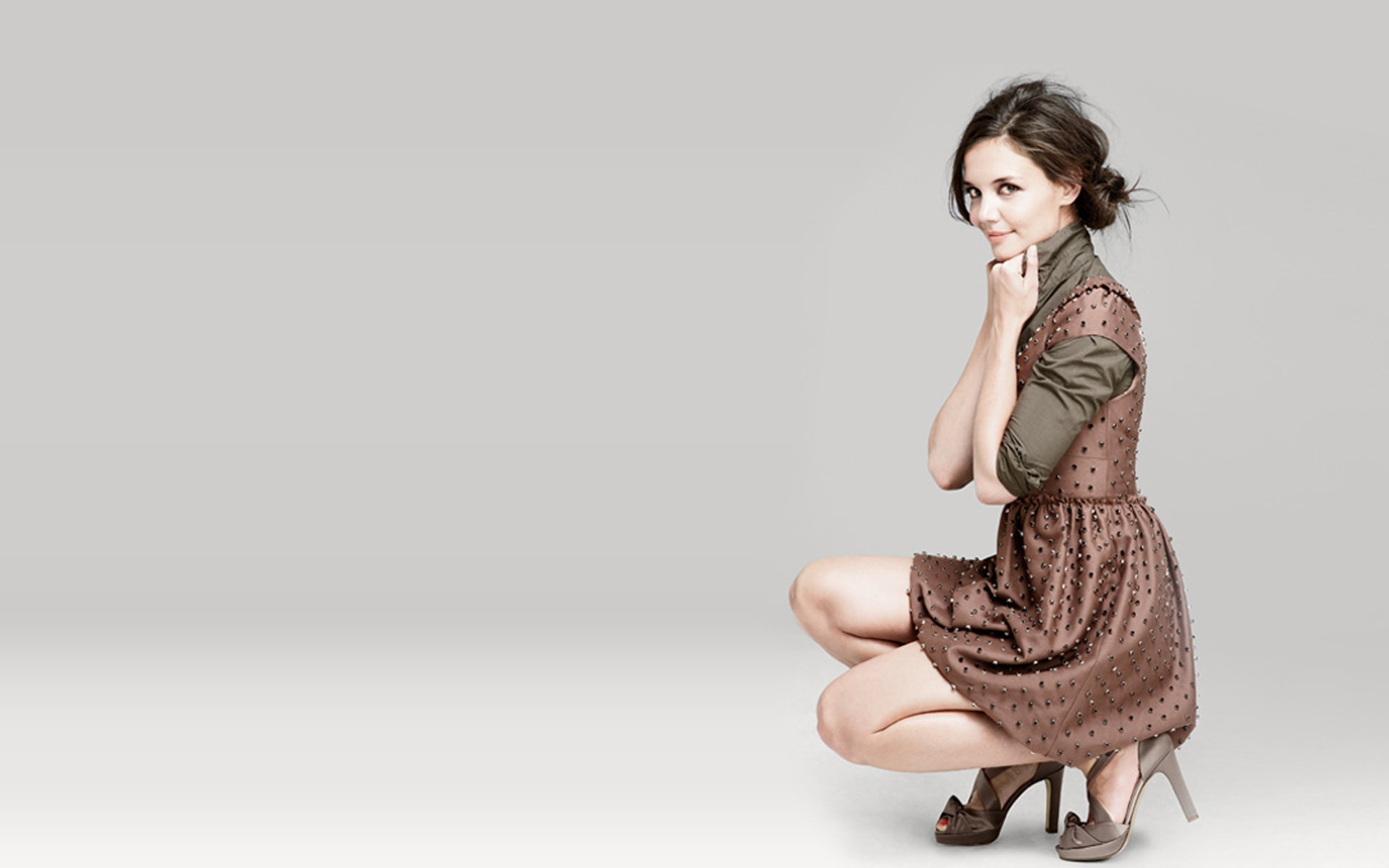 Katie Holmes widescreen wallpapers