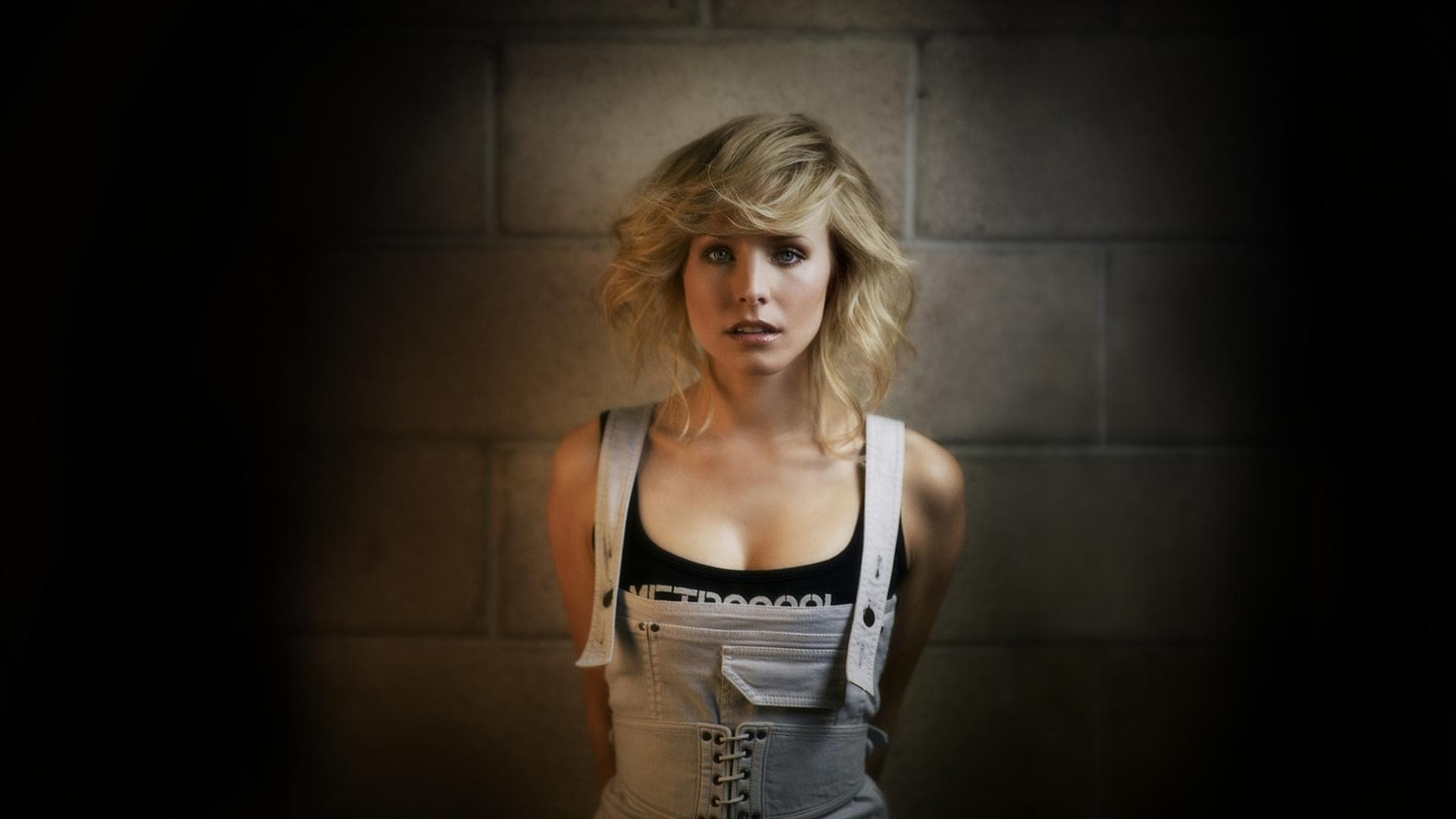 Kristen Bell widescreen wallpapers