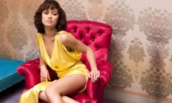 Olga Kurylenko widescreen wallpapers