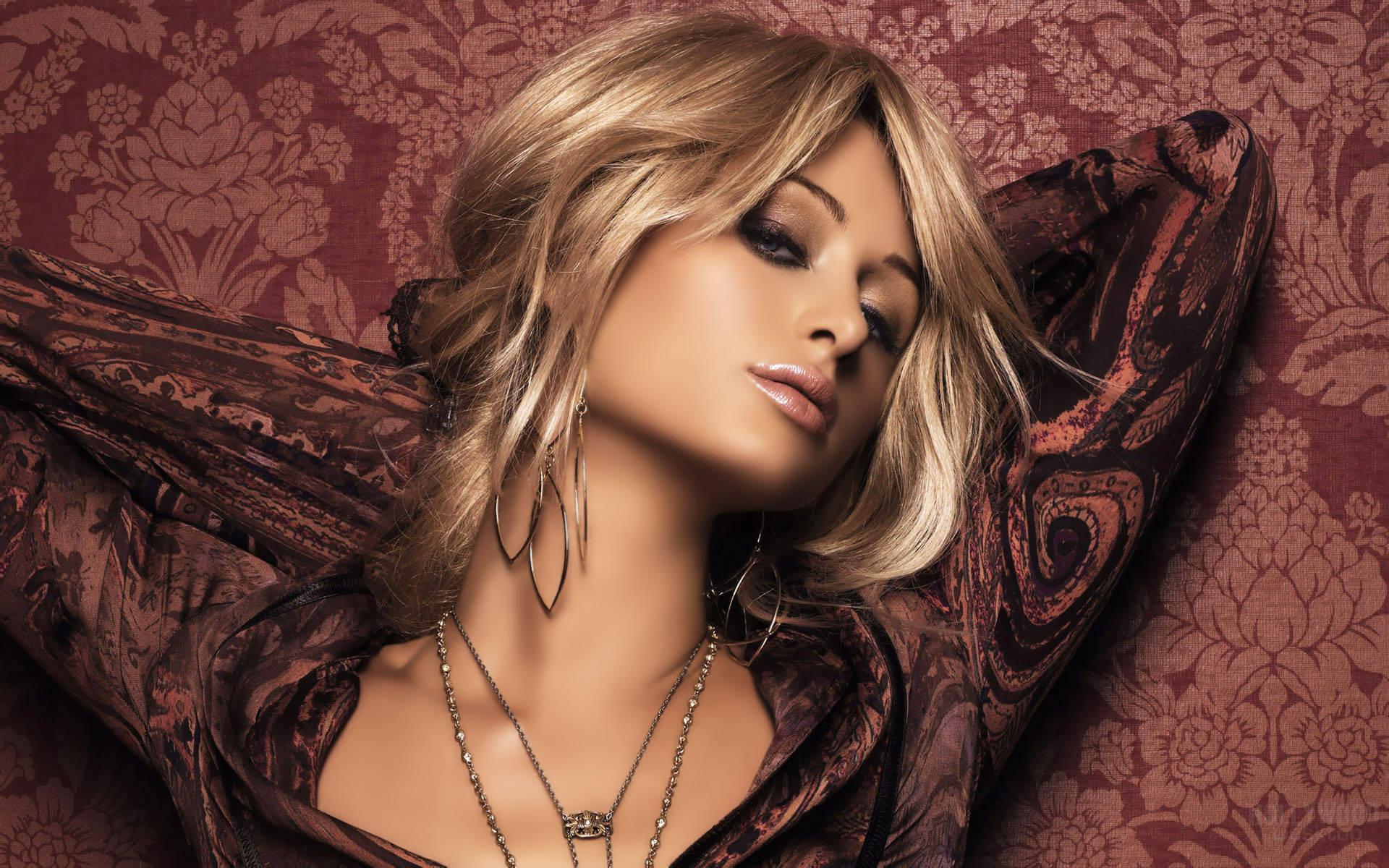 Paris Hilton Wallpaper