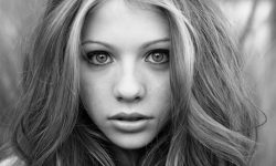 Michelle Trachtenberg for mobile