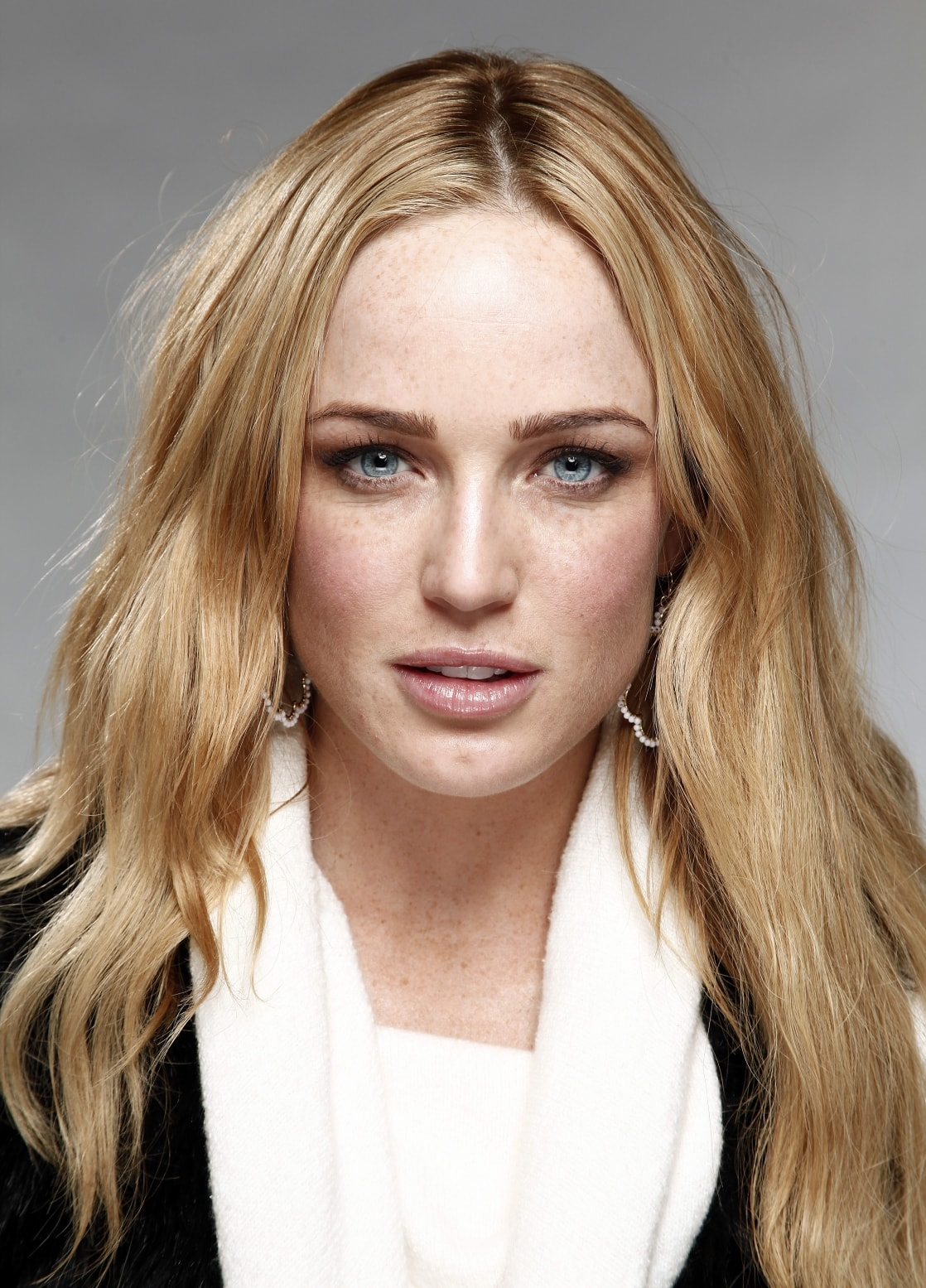 Caity Lotz for mobile