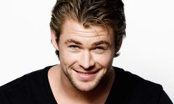 Chris Hemsworth widescreen for desktop