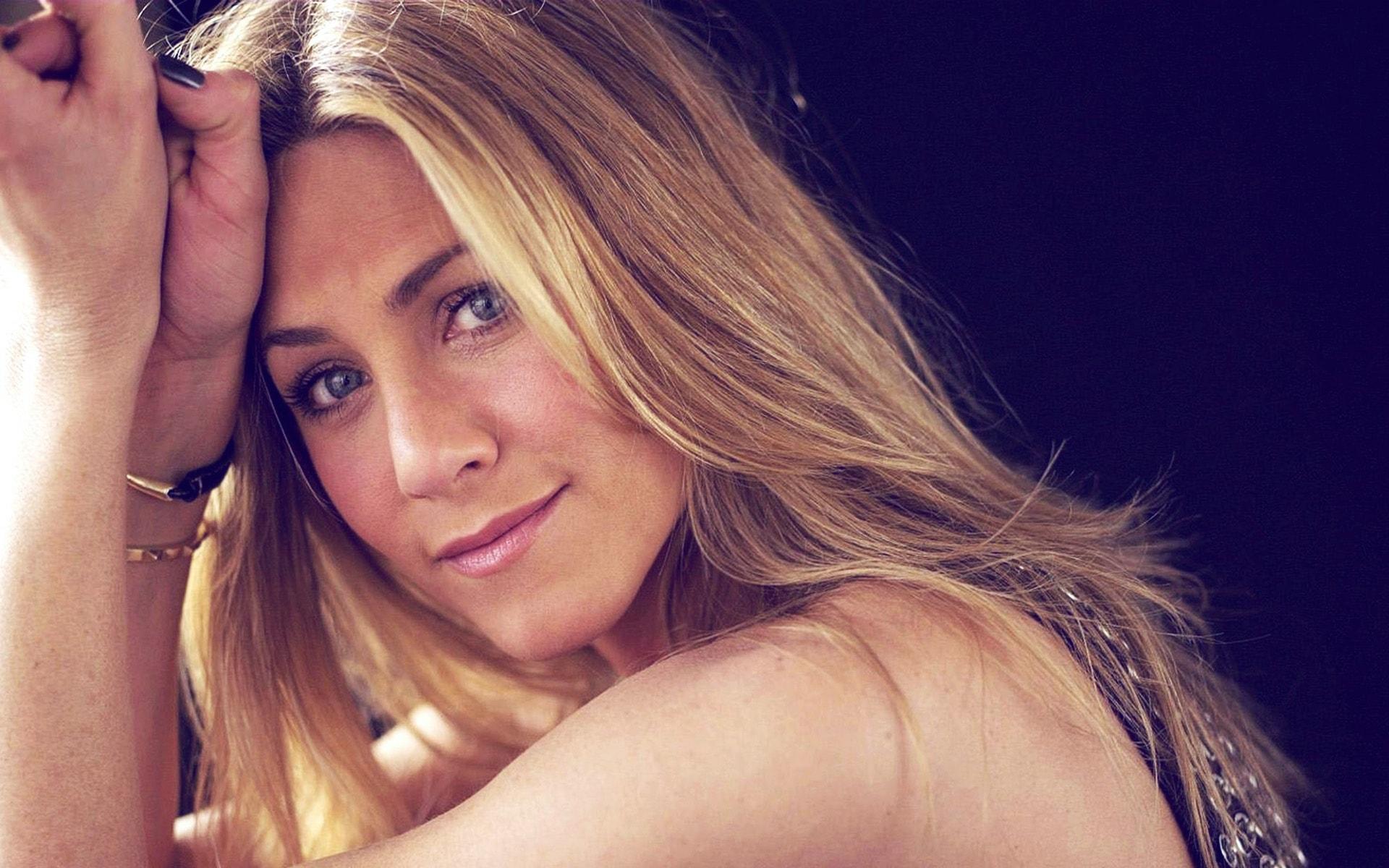 Jennifer Aniston widescreen for desktop