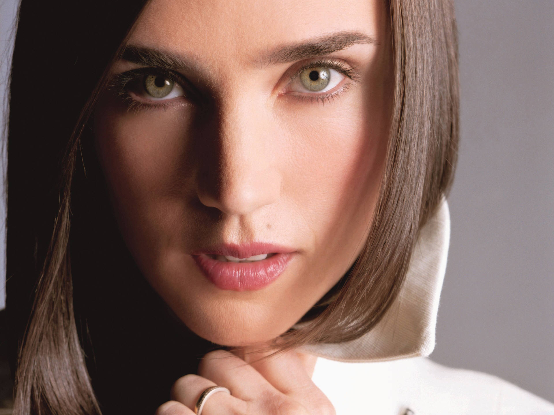 Jennifer Connelly widescreen for desktop