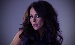 Jennifer Love Hewitt for mobile