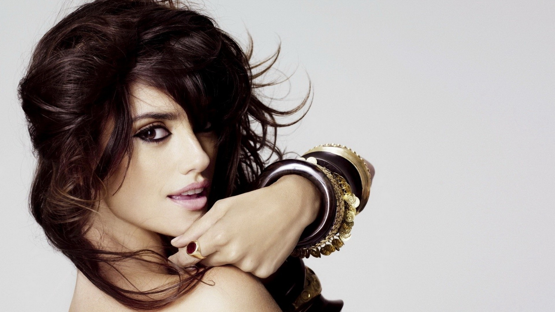 Penelope Cruz widescreen for desktop