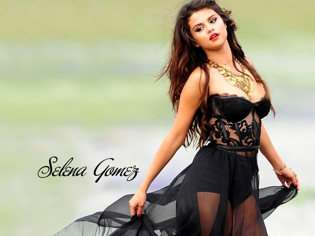 Selena Gomez widescreen for desktop