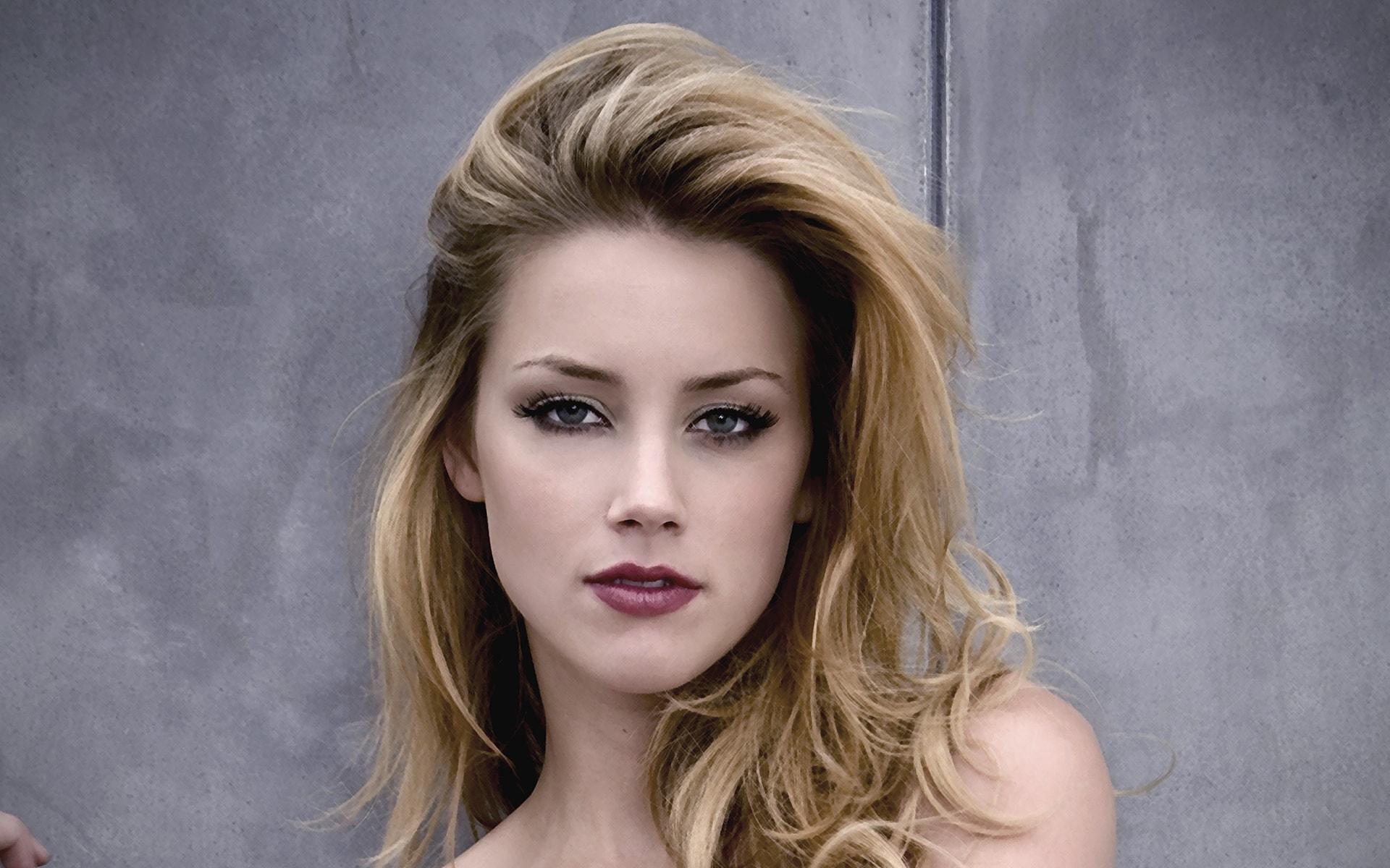 Amber Heard desktop wallpaper