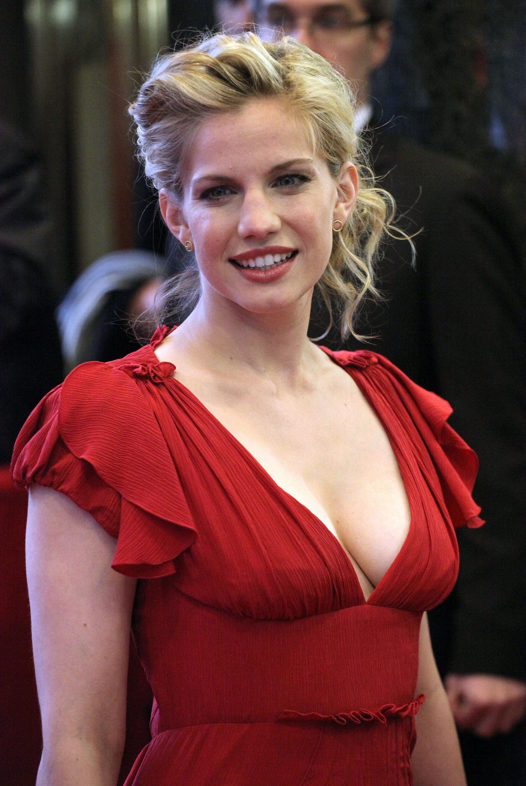Anna Chlumsky full hd wallpapers