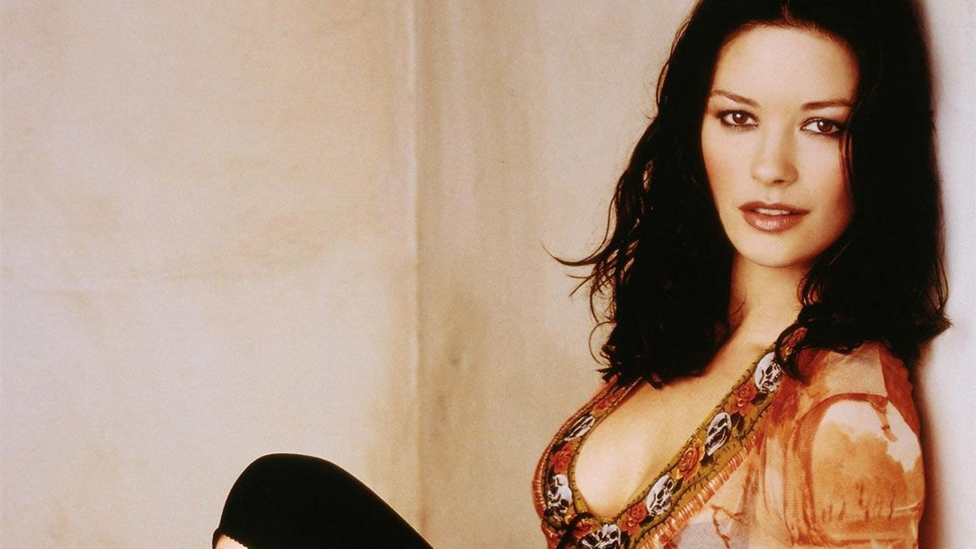 Catherine Zeta-Jones desktop wallpaper