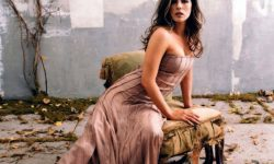 Kate Beckinsale desktop wallpaper