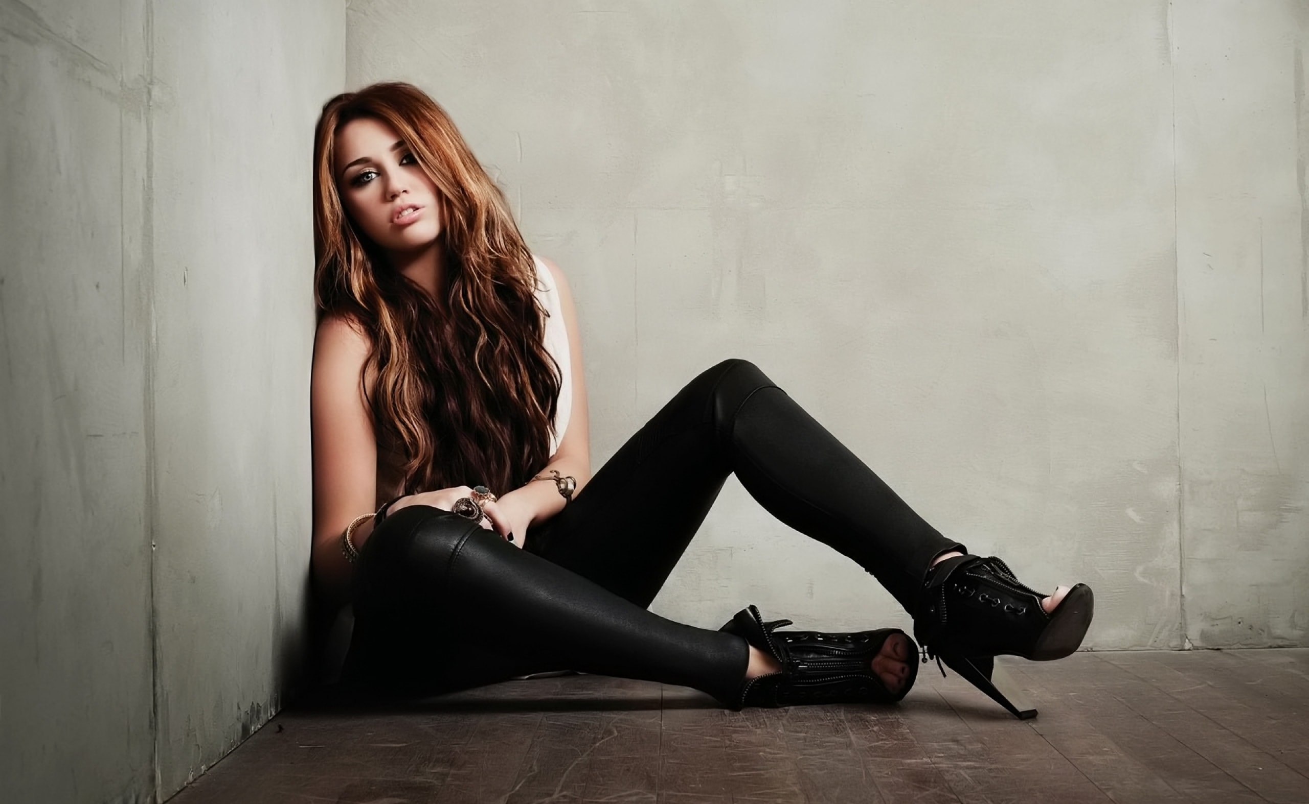 Miley Cyrus HQ wallpapers