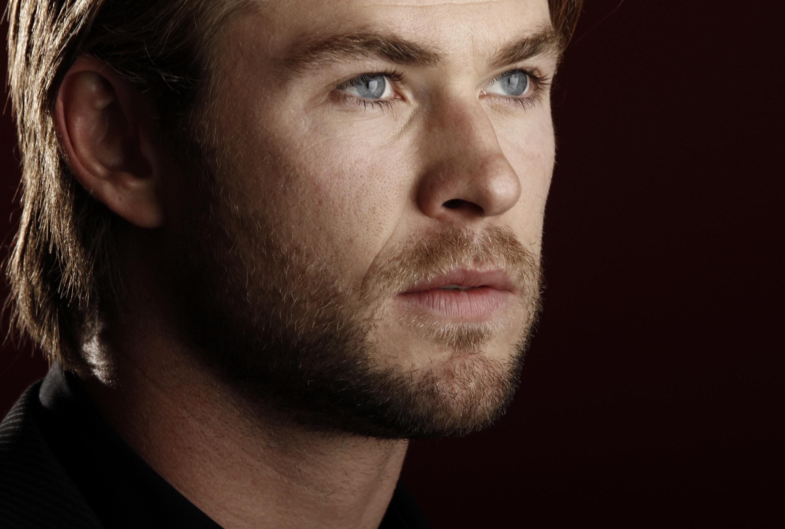 Chris Hemsworth Wide wallpapers
