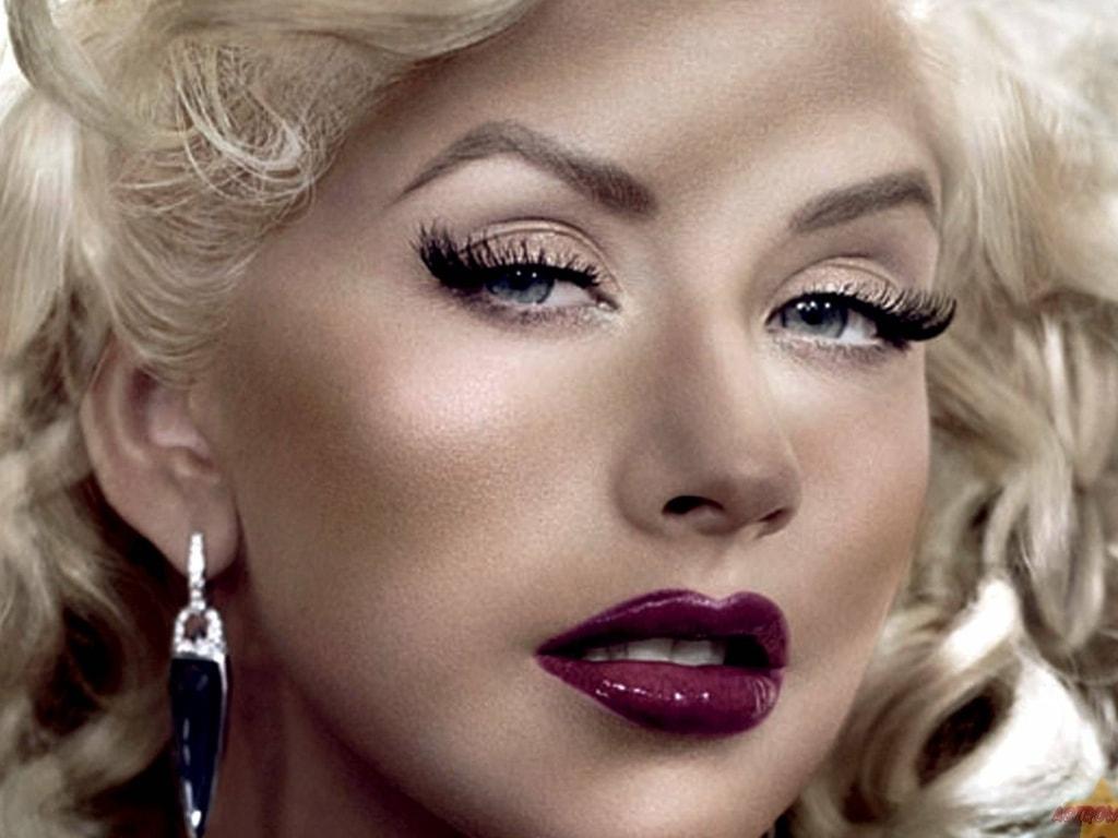 Christina Aguilera widescreen