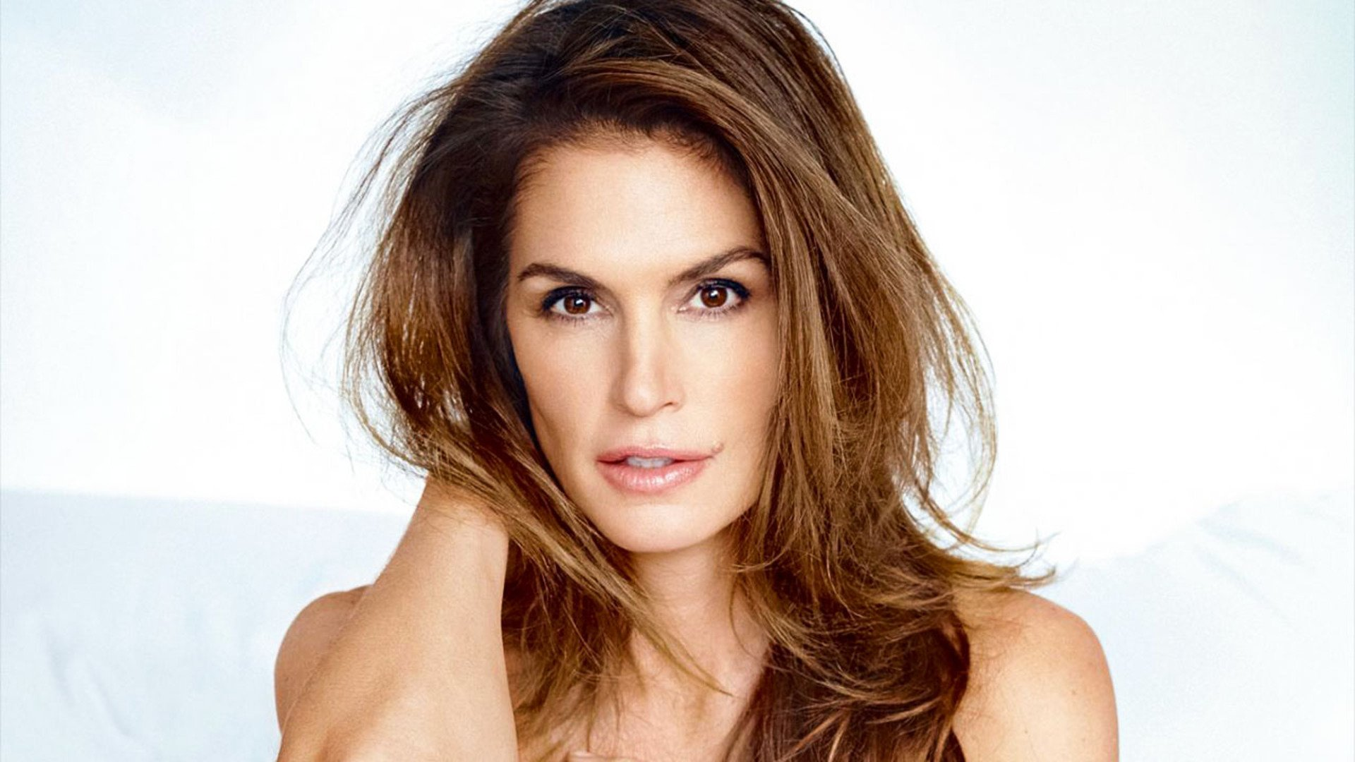 Cindy Crawford Wide wallpapers