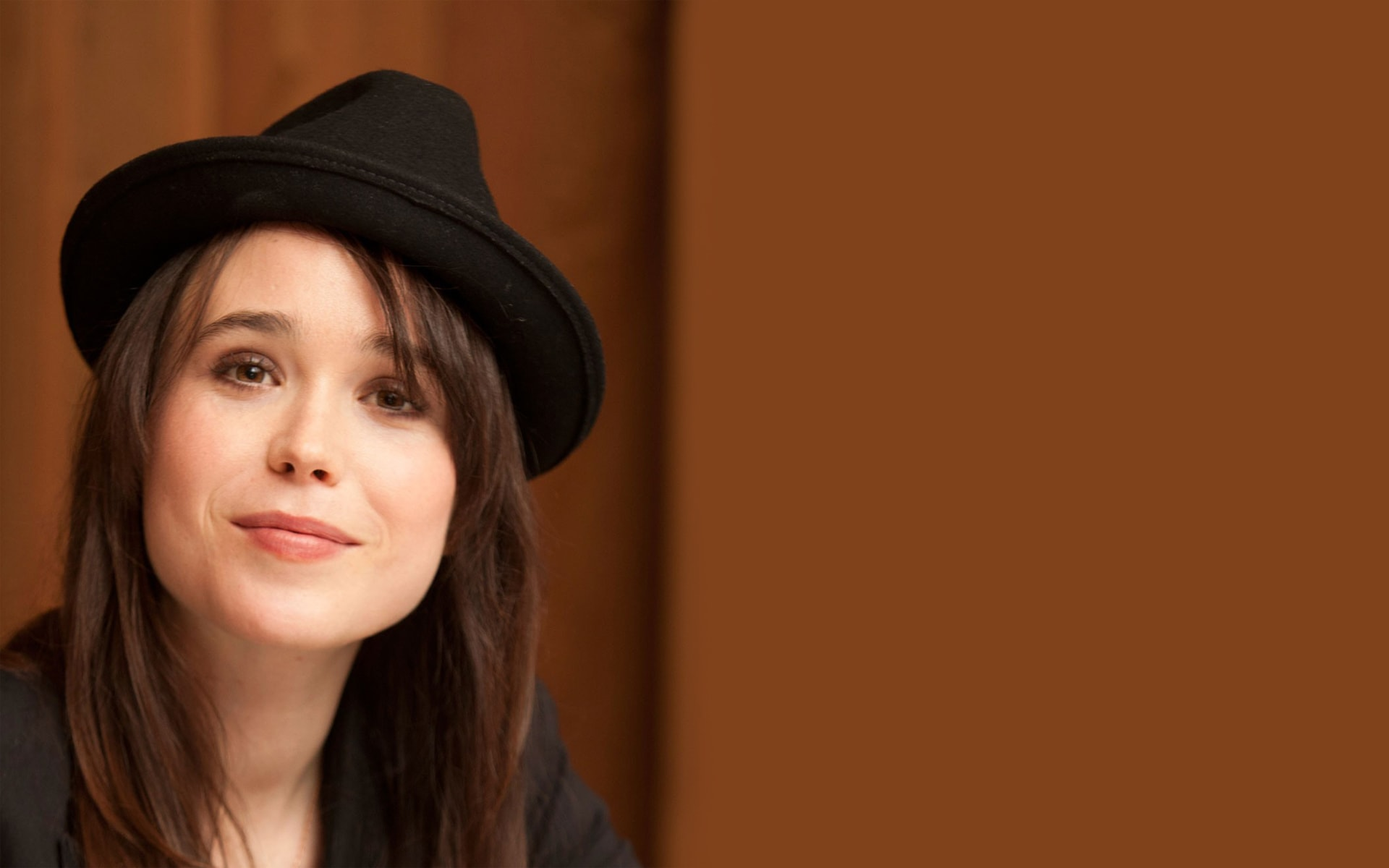 Ellen Page Wide wallpapers