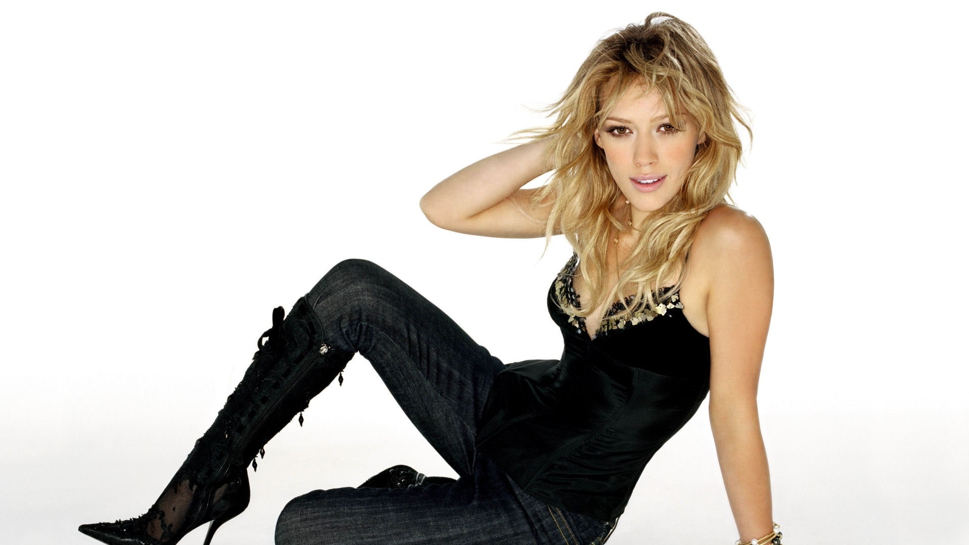 Hilary Duff widescreen