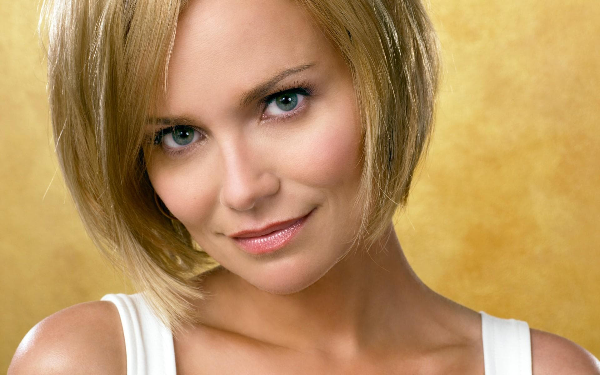 Kristin Chenoweth Wallpapers hd