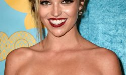 Lili Simmons widescreen