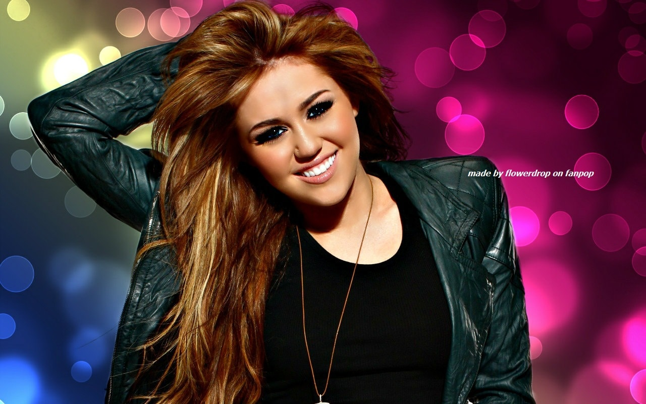 Miley Cyrus widescreen wallpapers