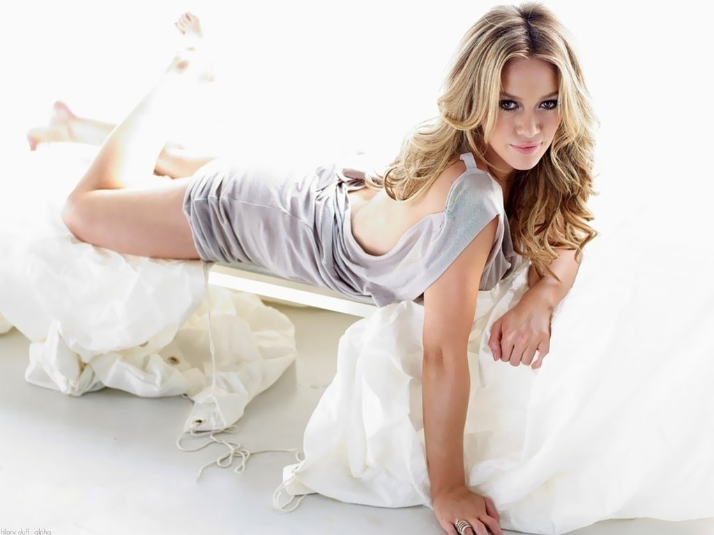 Hilary Duff Glamour