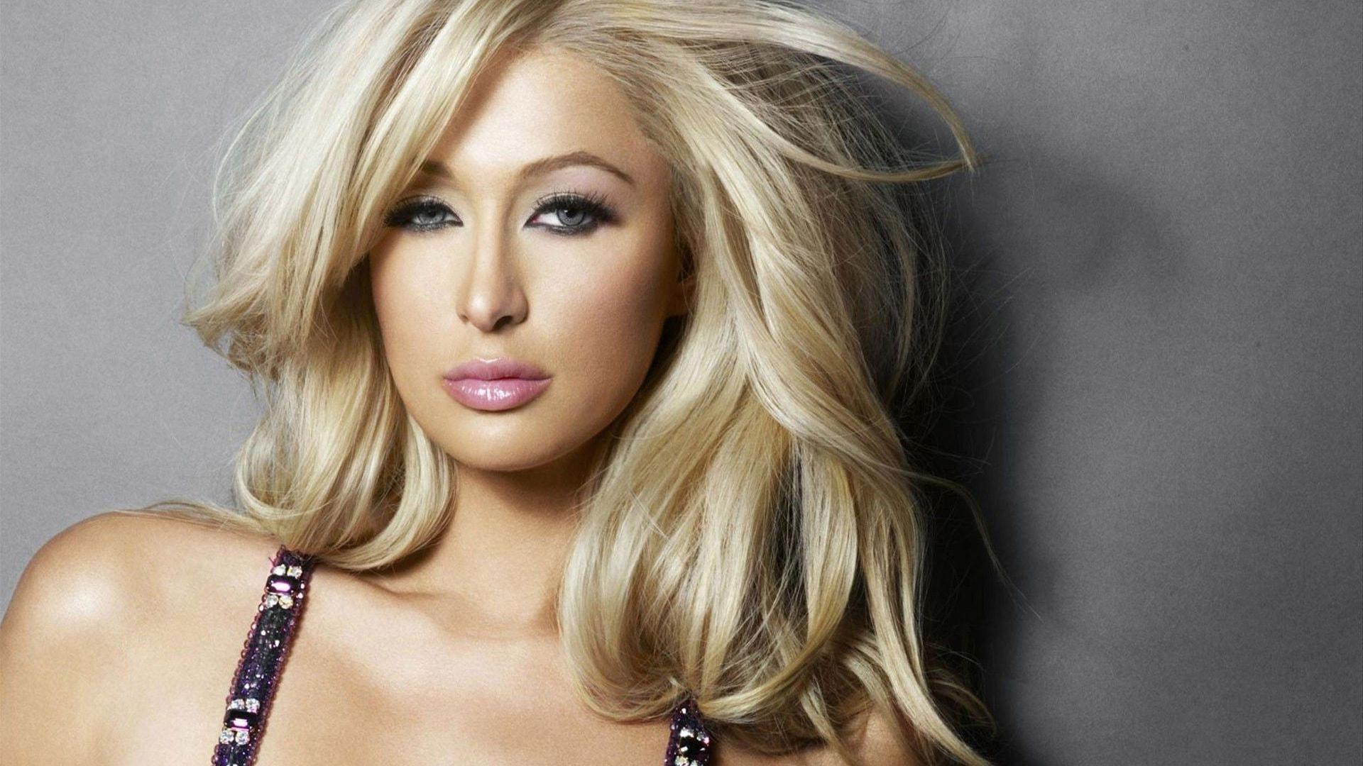 Paris Hilton Desktop wallpapers