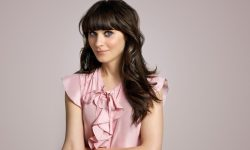 Zooey Deschanel Free
