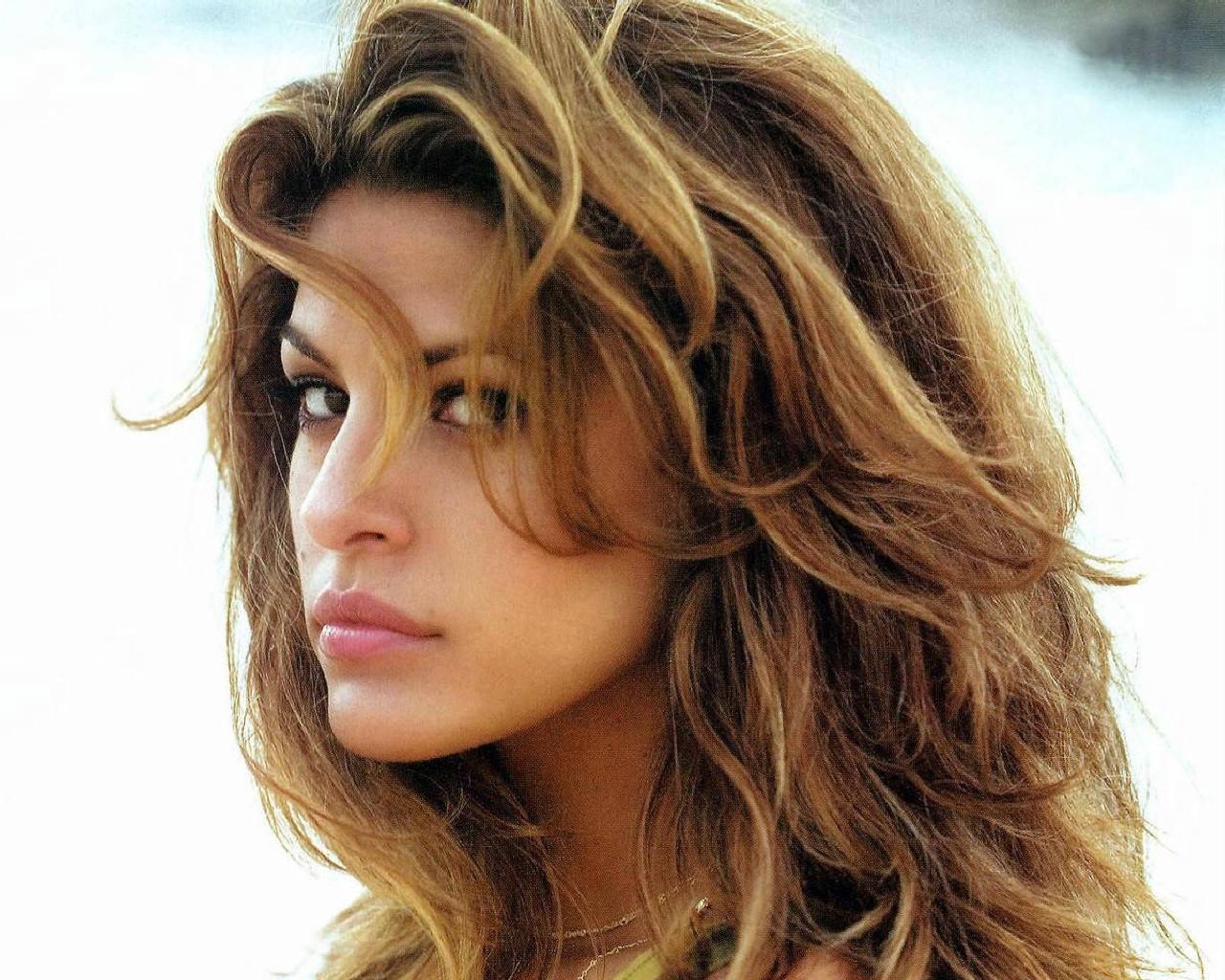 Eva Mendes Free